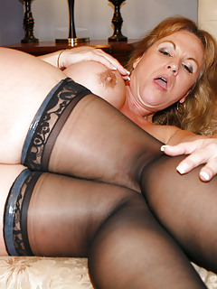 Mature Stockings Pics